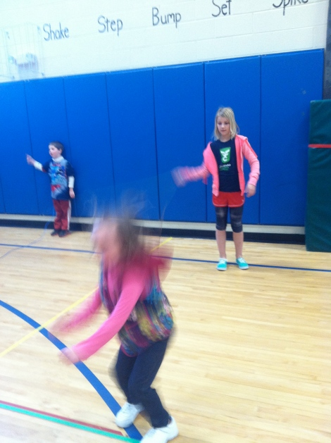 Fourth graders teach kindergarteners to jump rope!